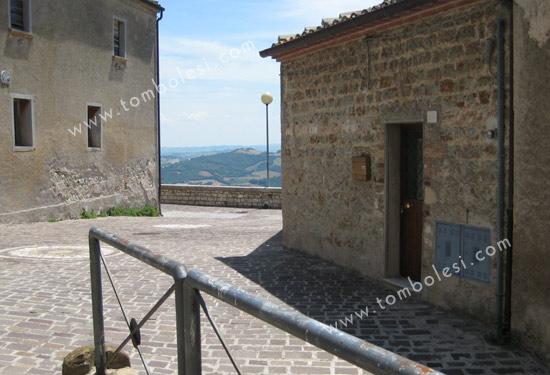 Casetta monterolo agenzia immobiliare tombolesi - Usucapione casa ...